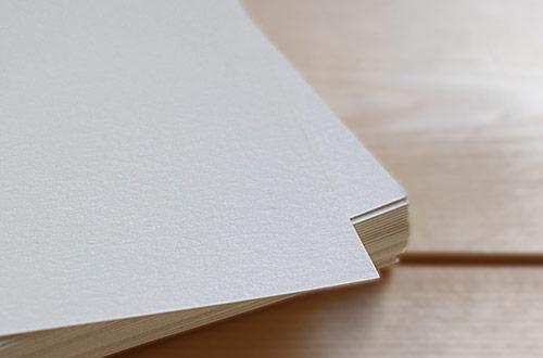 چرا کاغذ به مرور زمان زرد میشود